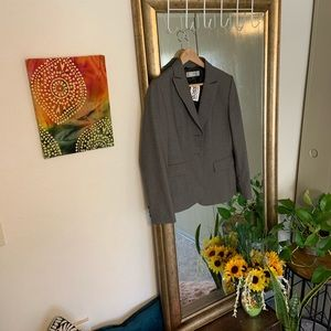 Women's Tahari tweed blazer